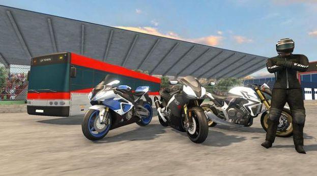 高速巴士vs摩托车游戏