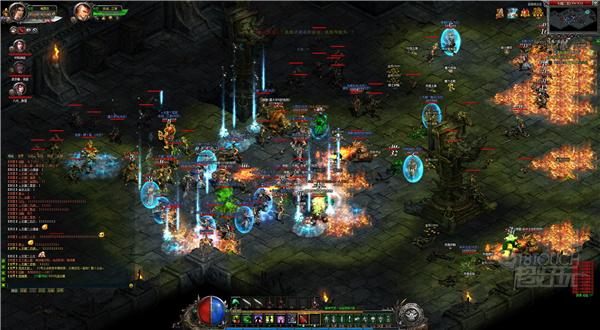 梦玩游戏正统传奇战斗场景特效