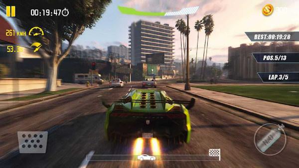 驾驶赛车竞速